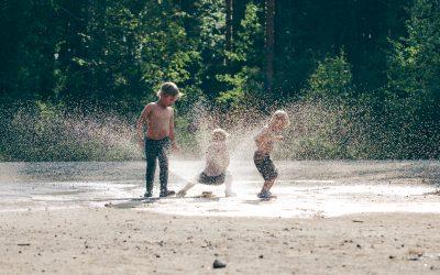 GROWing into Summers Outdoors! / ¡CRECIENDO EN VERANO!